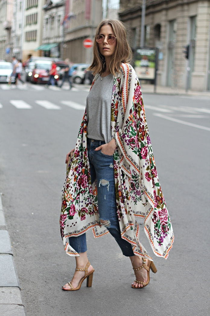vanja, fashion and style blog, zara flower kimono, ray ban round sunglasses, zara jeans, h&m shirt